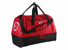 Équipements de football rouge Nike
