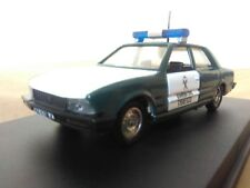 Antigua miniatura 1:43 Scale Carr PR041 Peugeot 505 Guardia Civil.