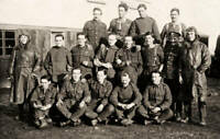 OLD PHOTO Group Of Royal Flying Corps Noncommissioned Officers