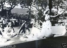 Océanie . TAHITI . danses et PORA-PORA  . 1950/1960