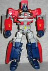 Transformers Generations ORION PAX Deluxe Figure 30th anniversary