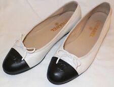 Leather Ballet Flats Shoes Size 39,5   Iconic CC Toe Cap/White