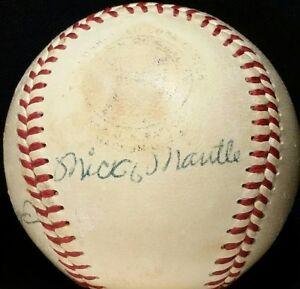 1955-56 MICKEY MANTLE Signed New York Yankees Team Baseball BECKETT HOF vtg 50s
