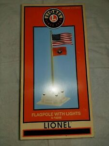 Lionel Flagpole with lights #6-16896 NEW