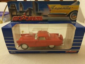 Majorette Legends 2402 Ford Thunderbird (1956) MIB