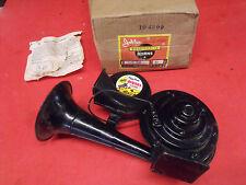 NORS 50s 60s 70s Jubilee #68, 12-V Piggy Back Diesel Bugle Type Horn Rat Rod Hot
