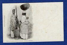 Bl/ CPA /Carte Postale/ Femmes Ouolofs, pilant du Couscous st-Louis -> Sénégal