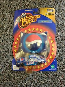 Jeff Gordon NASCAR Winners Circle 2000 Deluxe Pepsi Hood 1:64 Diecast Car