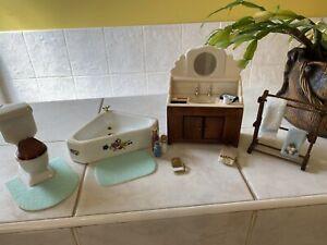 Dolls House Bathroom Set sink Corner Bath,ToIlet,Plus Towel Rail  Lot 1.12