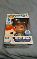 Freddy Funko (Astronaut) (With Ray Gun) Funko Pop With Pop Protector