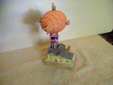 Vintage Musical Scene w/Rotating Hot Air Ballon Decor