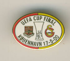 Offical Badge - 2000 UEFA Cup Final - Arsenal v Galatasaray - only at stadium
