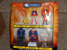 JLU action figures 3superman,lantern,martian,supergirl,Obsidian,ElongatedMan lot
