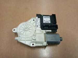 Audi A3 8P  FRONT RIGHT DRIVER SIDE WINDOW MOTOR 8P0959801N