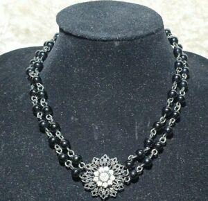 Vintage Gothic Black Bead Necklace decrotive crystal medallion metal flower