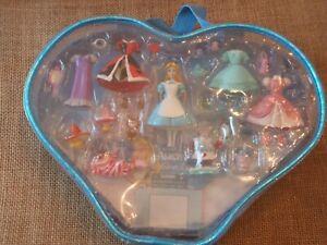 Polly Pocket Disney Princess Alice in Wonderland Fashion Playset Polly Pocket
