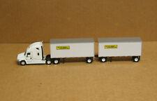 Trucks & Stuff SP723 HO Freightliner Cascadia, JB DCS w/28' doubles