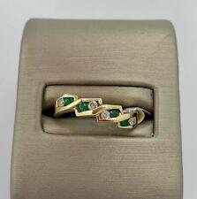 Right Hand Ring(0.12Ct) 14K Yellow Gold Emerald/Diamond
