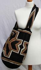 Arhuaca Mochila bag hand made in Colombia