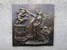 Excelente antigua placa bronce siglo XVIII o principios S. XIX Empire erótica