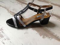 Chaussures Femme 38 - Fugitive - NEUVES - Modèle LADA -  (79.00 €)