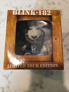 Blink 182 - Rabbit Bunny Vinyl Figure - Limited Tour Edition Gensen - *NEW* NIB