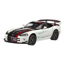 Tourenwagen- & Sportwagen-Modelle aus Kunststoff von Dodge