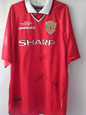 Manchester United Treble Winners 99 Squad Signed Football Shirt with COA  /11379