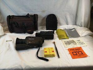 LOT 2 CAMERAS SUPER 8 camera CAMESCOPE BAUER C 500 XLM BELL HOWELL T 30 XL N