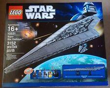 LEGO Star Wars 10221 UCS Super Star Destroyer box & manual - COMPLETE near MINT