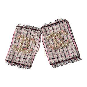 Rare Vtg Chanel 2014 White Pink Pearl CC Logo Fingerless Leather Gloves 7.5