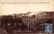 CPA  Le Rapide St-Quay-St-Brieuc franchissant le Viaduc des Ponts á ... (243701)