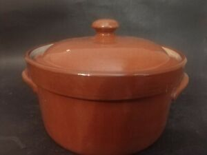 VINTAGE WELLER MARKED BROWN REDWARE CASSEROLE DISH WITH LID