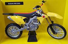 New-Ray Toys Suzuki RMZ450 Model 2014 - 1:6 Scale