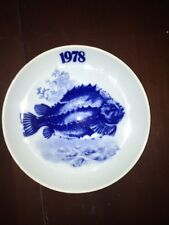 cyclopterus lumpus blue porcelain plate