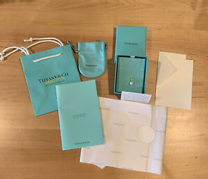 NEW! Auth Tiffany & Co Paloma Picasso Olive Leaf Pearl Necklace Inc Gift Package