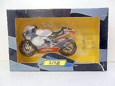 Motocicletas y quads de automodelismo y aeromodelismo Aprilia de escala 1:12