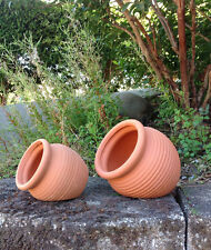 Set of 2 Different Size clay Terracotta Fallen Pots or hanging pots B014zfa56e