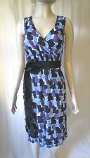 V-Neck Geometric Sleeveless Tea Dresses