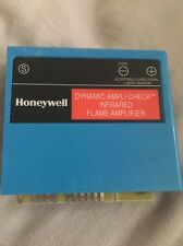USED HONEYWELL DYNAMIC AMPLI-CHECK INFRARED FLAME AMPLIFIER  R7848 B 1006 33