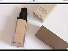 Burberry Sheer Foundation. Trench No04