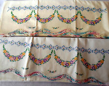 Vintage Floral HAND EMBROIDERED CROCHET PAIR PILLOW CASE completed  PC12