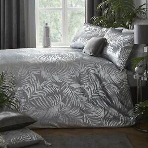 Laurence Llewellyn-Bowen First Date Silver Grey Designer Duvet Cover Sets,