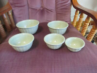 Green Vintage Set of 5 Small Nesting Bowls Mixing Melmac 1/4 C to 1 C sizes