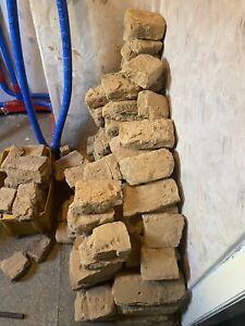 Lehmsteine im uralten Klosterformat original gerade ausgebaut aus Fachwerk Innen
