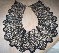 Kostbare Klöppelspitze historische Handarbeit Kragen Spitze schwarz museal