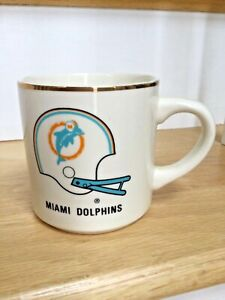 1983 MIAMI DOLPHINS Super Bowl 17 Coffee Mug Gold Trim Original Logo