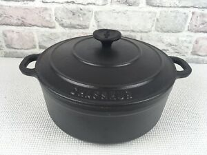 Chasseur Cast Iron Lidded Casserole Dish Black Size 24 Made In France 5KG