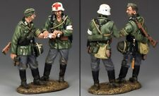 KING & COUNTRY WW2 GERMAN ARMY WS222 WALKING WOUNDED MIB