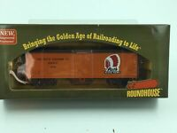 Roundhouse HO Scale 40' Wood Reefer 552 (Rath Packing Co.) #85409
